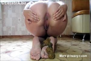 Big ass housewife shit himself to his feet