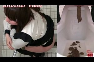 Girl shit in the public toilet 2