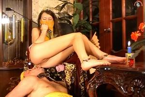 Arab princess scat in the mouth servant