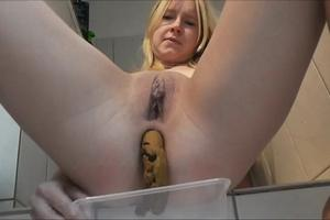 A young blond woman scat