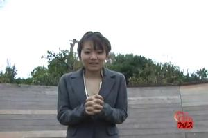 Japanese girl farts on the street 2