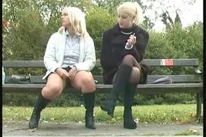 Two blondes on a bench